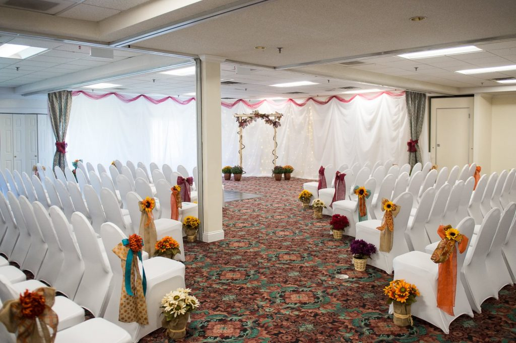 Bangor area wedding venue Indoor Fall Wedding | Maine Weddings | Black Bear Inn Orono