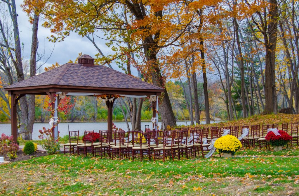 Waterfront Pavilion | Maine Weddings | Black Bear Inn Orono